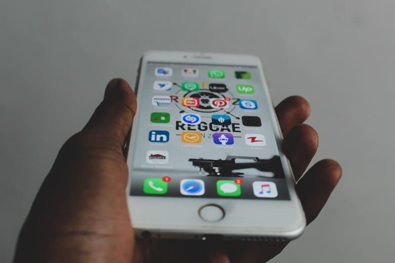 Telefon z aplikacjami
